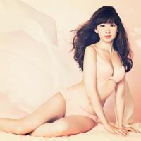 【AKB48】「こじはる、スタイルよすぎ!」 小嶋陽菜(26)の下着姿にファン興奮
